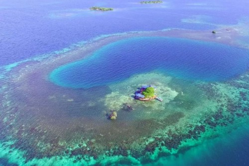 You Can Live On This Perfect Private Island For $595 A Night | HuffPost Life