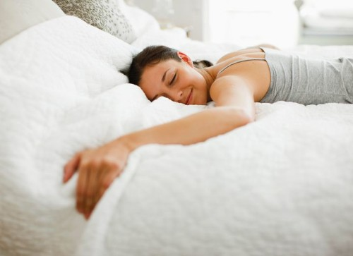 Sleep Like This To Ward Off Back Pain At Night