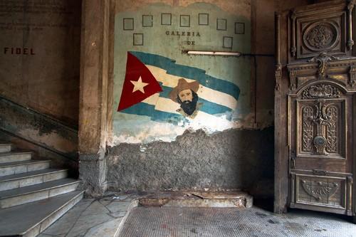 Hemingway, Tourism, and the Contradictions of Revolutionary Cuba