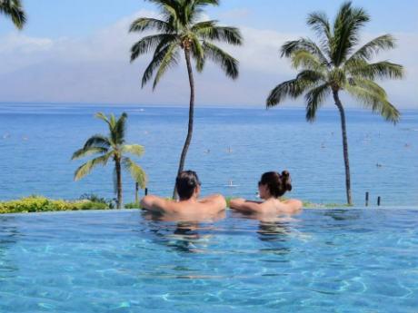 Hawaii Honeymoon: A Guide to Maui