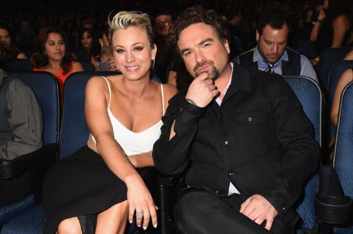 The Truth Behind The Kaley Cuoco And Johnny Galecki Dating Rumors