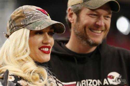 Gwen Stefani And Blake Shelton Watch Arizona Cardinals Play Football On Date Night