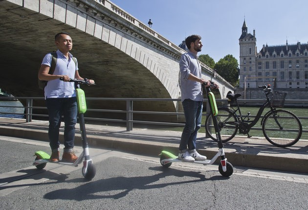 Electric Scooters Could Soon Be Whizzing Down A Road Near You – Legally