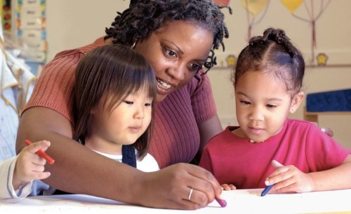 Delaying Kindergarten Could Benefit Kids' Mental Health | HuffPost Life