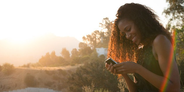 Social Media Might Actually Help Women Deal With Stress