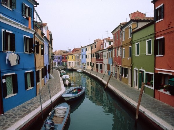 Most Colorful Places Around The World