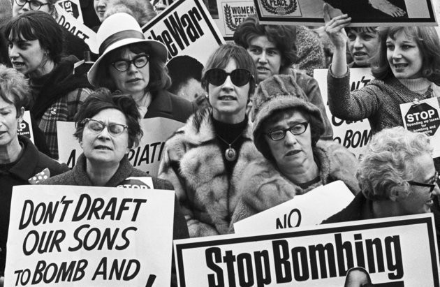 71 Powerful Photos Of Women Protesting Throughout American History