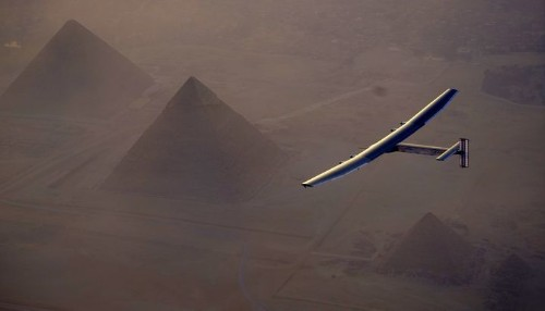 A Plane Just Flew Around The World Without A Single Drop Of Fuel