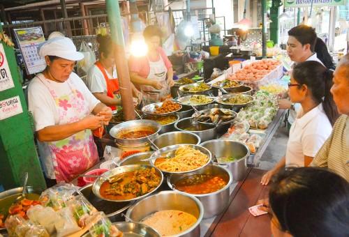The 5 Best Street Eats in Bangkok