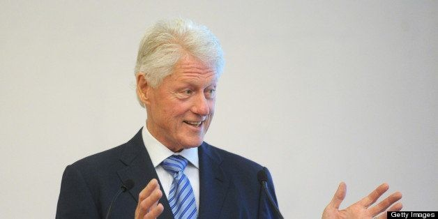 Bill Clinton #TBT Photo: Former President Posts Graduation Picture For Throwback Thursday