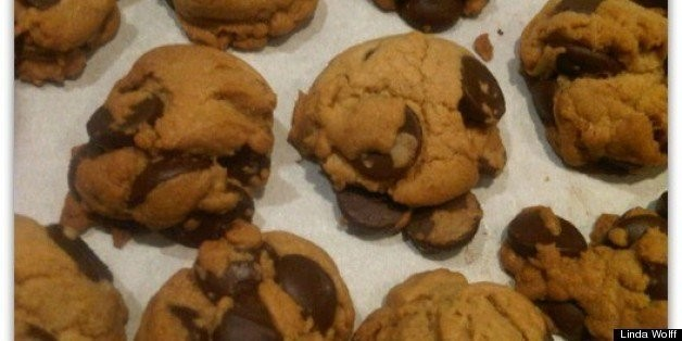It's National Chocolate Chip Cookie Day! Let's Celebrate! | HuffPost Life