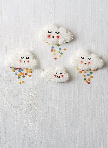 How To Make Marshmallow Clouds For Hot Chocolate Season | HuffPost Life