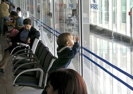5 Ways to Make Reward Travel Cheaper for Families