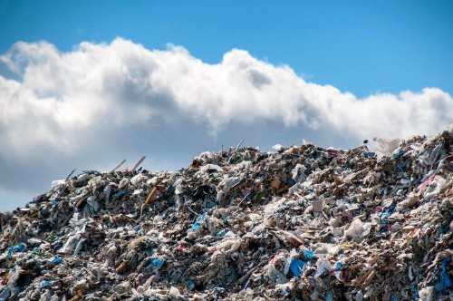 Watch How Mountains Of Trash Spread Across The U.S. Over 100 Years