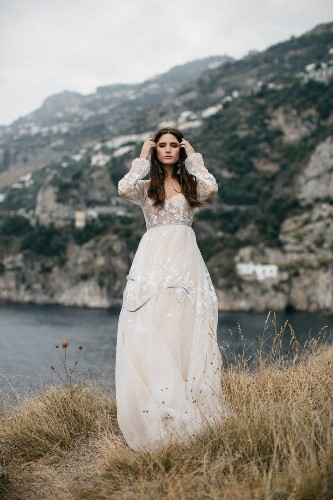 Your Perfect-Fit Wedding Dress, According To Your Personality   HuffPost Life