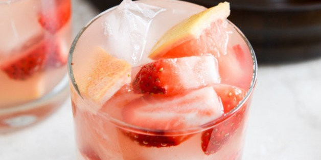 Shaken, Stirred And Big-Batch Summer Cocktail Recipes That Refresh | HuffPost Life