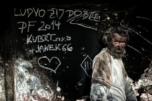'Europe's Dirtiest Man' Sleeps In A Bed Of Ashes
