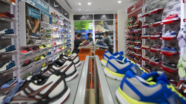 6 Tips for Buying the Right Running Shoe