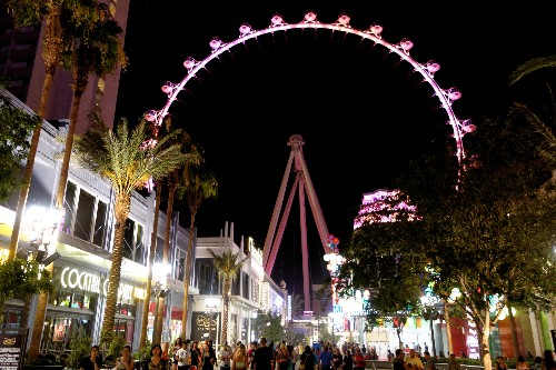 8 Things to Do in Vegas after 8 p.m. (Beyond the Clubs and Casinos)