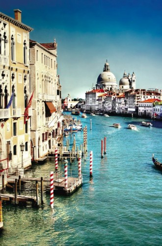 The 5 Best Souvenir Shops In Venice, Italy   HuffPost Life