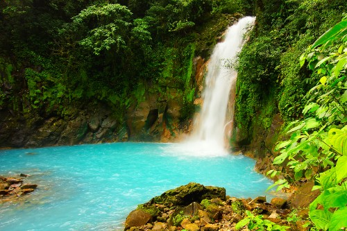 Why Costa Rica Is The Perfect Honeymoon Destination