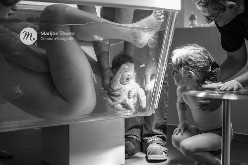 20 Stunningly Intimate Birth, Postpartum And Maternity Photos
