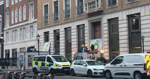 Greenpeace Activists Shutdown BP London HQ Over 'Life-Threatening' Climate Crisis