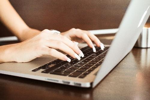 10 Important Reasons Entrepreneurs Need to Take Blogging Seriously
