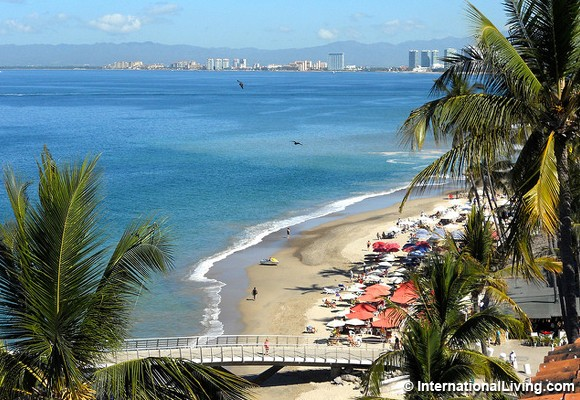 Retiring To Mexico: The World's Best Beach City