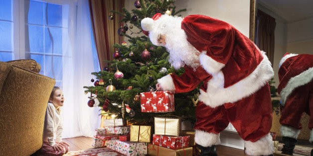 Why the Whole Family Benefits When Kids Believe in Santa | HuffPost Life