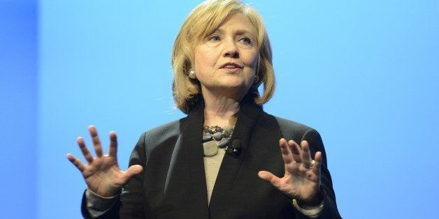 Why Hillary Clinton Wants To Make Sure Pediatricians Are Talking About Childhood Literacy   HuffPost Life