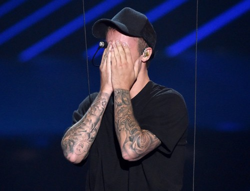 The Real Reason Justin Bieber Cried After His VMAs Performance