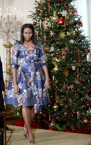 Michelle Obama Exhibits Excellence In Holiday Party Dressing | HuffPost Life