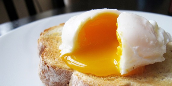 Here's How to Make Perfect Poached Eggs Every Time