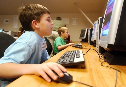 Social Networking In Schools: Educators Debate The Merits Of Technology In Classrooms