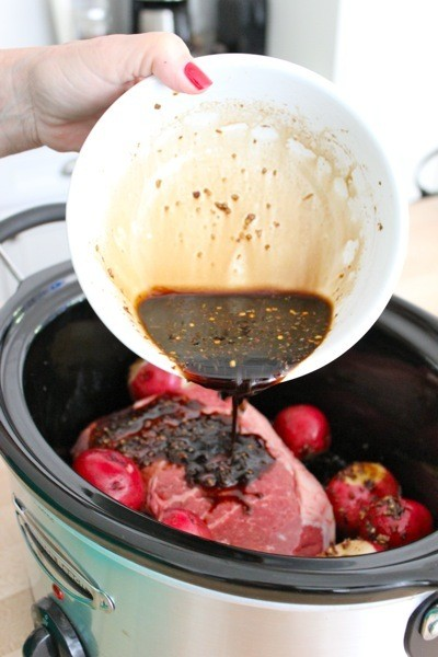 The Perfect Slow Cooker Pot Roast for Tonight's Dinner