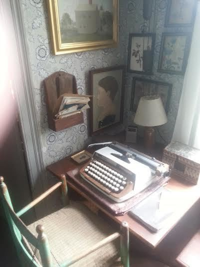 Should You Track Word Count While Writing a Novel? Yes, No, and Maybe So