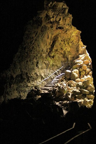 7 Of America's Most Eerily Beautiful Lava Tubes | HuffPost Life