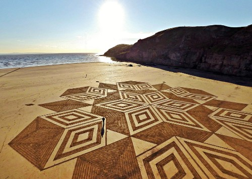 Wildly Relaxing Sand Art Is The Creative Therapy Our World Needs