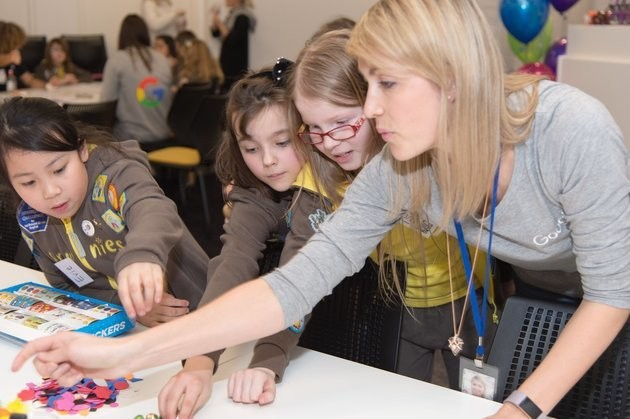 New Girlguiding 'Google' Badge Launched To Inspire Girls To Get Into Coding