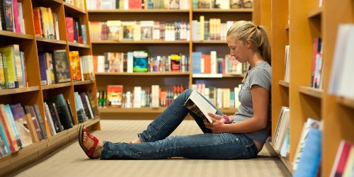 How to Get Your Daughters to Read Books This Summer