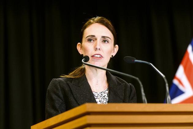 ニュージーランドの銃乱射、半自動銃の全面禁止など規制強化へ