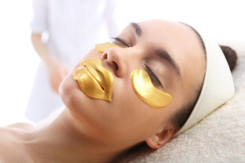 Here's Why Gold-Infused Skincare May Not Be Worth The Hype | HuffPost Life
