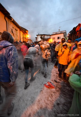 Dos & Don'ts of Galicia's Carnival, The Entroido