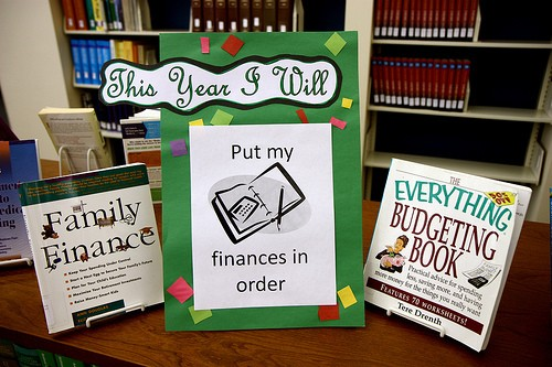 New Year's Resolution: 3 Easy Tips to Be Financially Fit in 2014