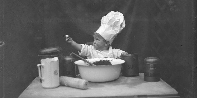 10 People Who Have No Business Being In The Kitchen | HuffPost Life
