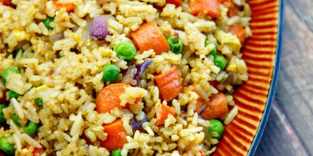How To Make A Vegetarian Fried Rice From Last Night's Leftovers   HuffPost Life