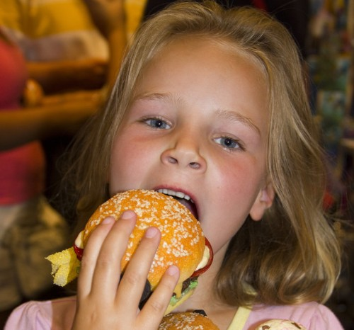 Fast Food Kids' Meals Could Become Healthier If This Policy Passes
