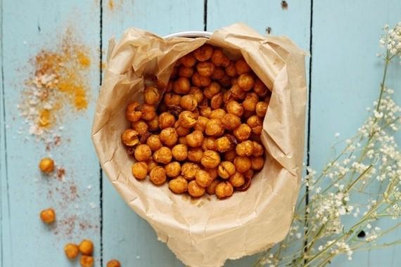 Turmeric Roasted Chickpeas