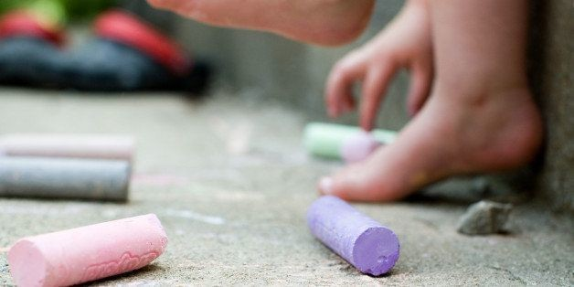 10 Things to Keep Your Toddler Busy This Summer